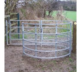 Mobility Friendly Meshed Medium Woodstock Kissing Gate